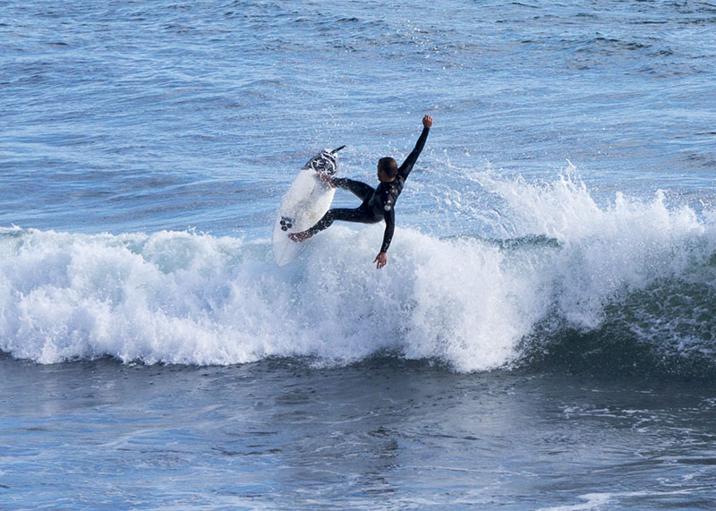 ventura-county-line-surfer-twisting-may