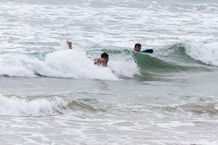 el-porto-body-boarders-june-sunday-cloudy