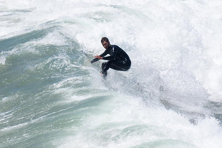hb-surfer-center-foam-aug-afternoon