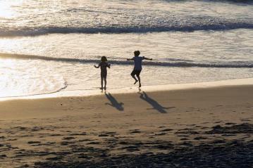 golden-beach-joy-kids-mb-sept