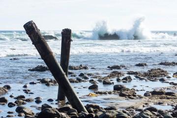 malibu-rocks-pilings-oct-sunny